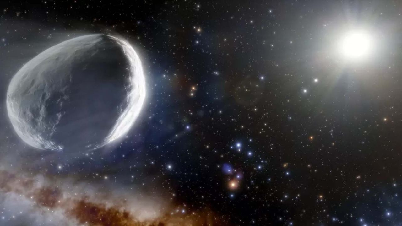 A colossal comet once mistaken for a dwarf planet is headed to our solar system